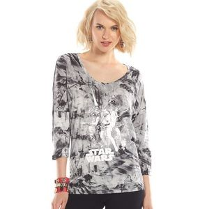 Rock and Republic Star Warms theme Women's top